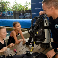 Kids learning to scuba dive at Divers Den