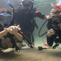 Kids learn to scuba dive with Divers Den Scuba Kids